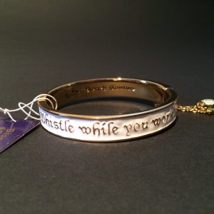 7 dwergen armband disney couture achterkant
