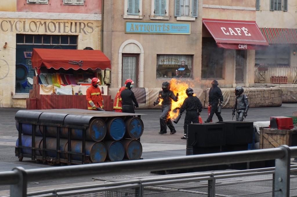 Moteurs... Action! Stunt Show Spectacular vuur