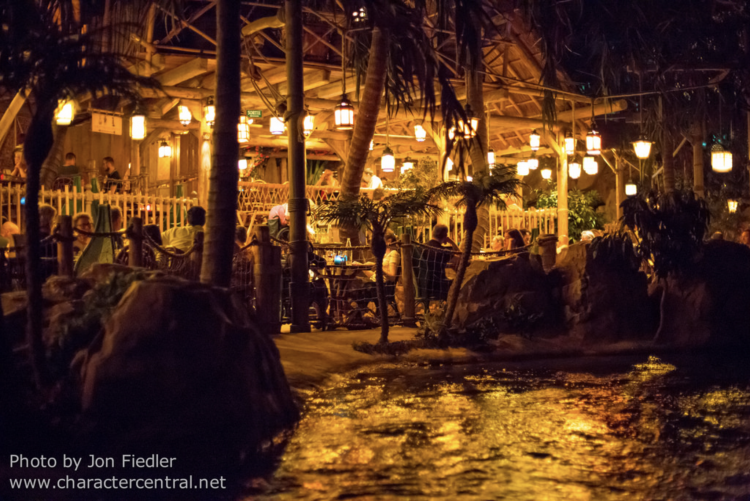 Pirates of the Caribbean blue lagoon