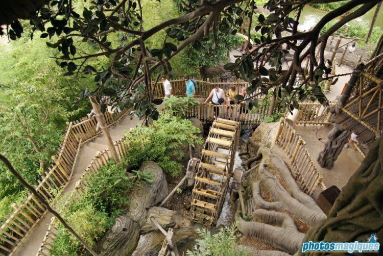La Cabane des Robinson water