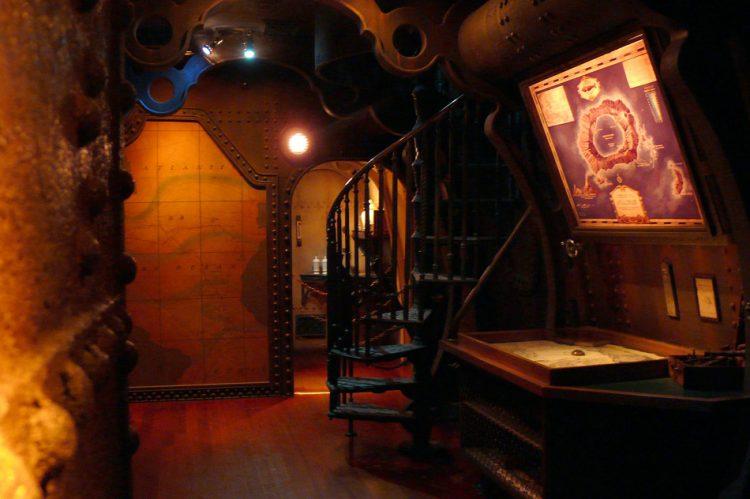 Les Mystères du Nautilus binnen 2