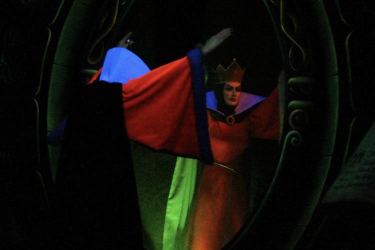 Blanche-Neige et les Sept Nains evil queen