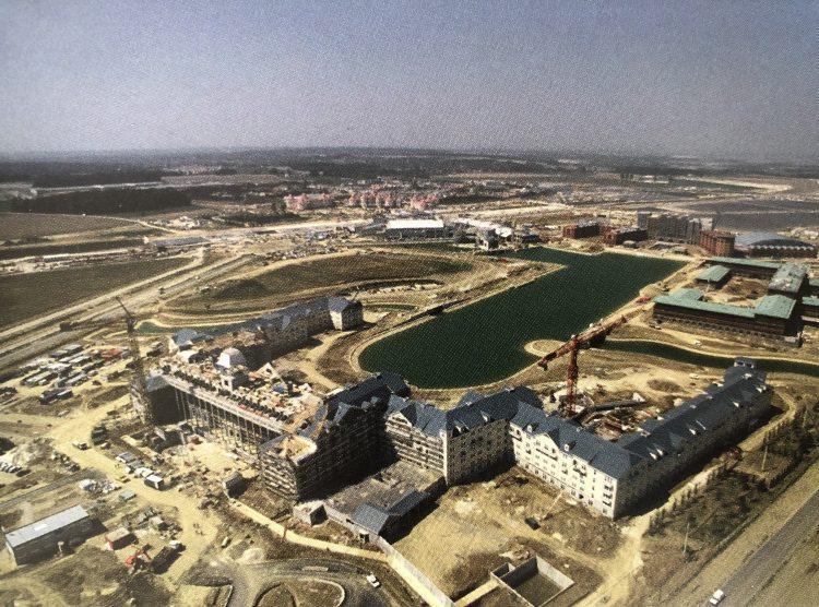 build of disney hotels