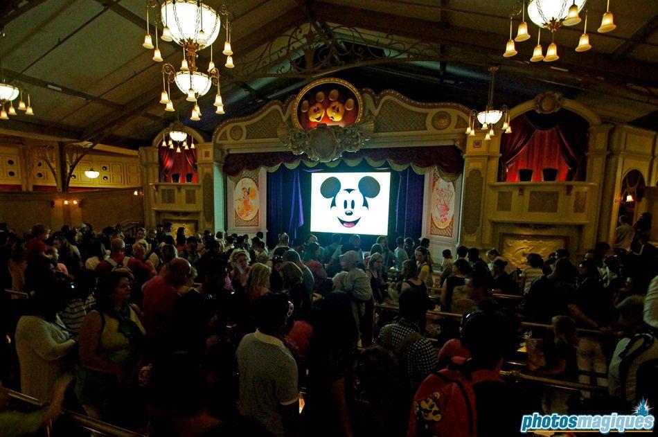 Meet Mickey Mouse wachtrij