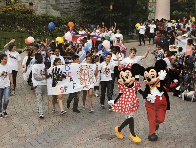 Disneyland Park Voluntears
