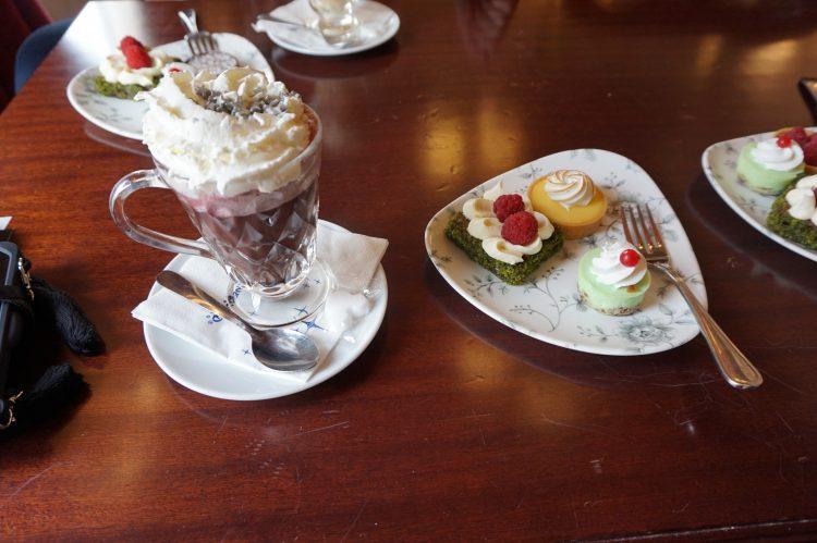 Victoria's Homestyle Restaurant 2