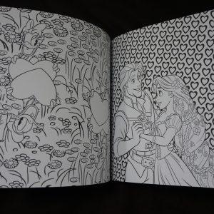 Disney kleuren voor volwassenen compact (Love Stories) binnenkant 2