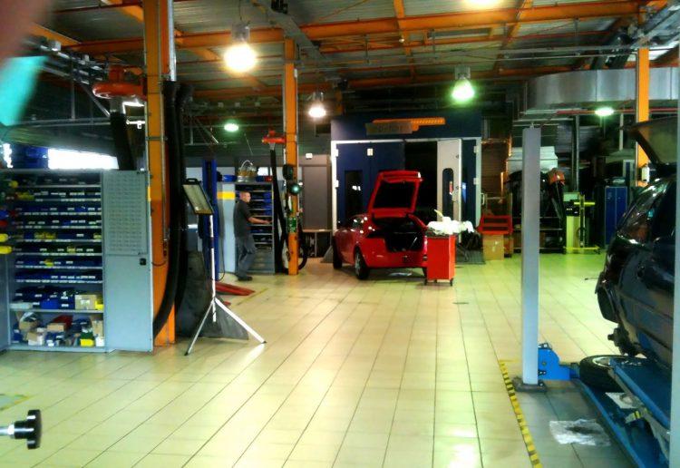 garage Moteurs… Action! Stunt Show Spectacular
