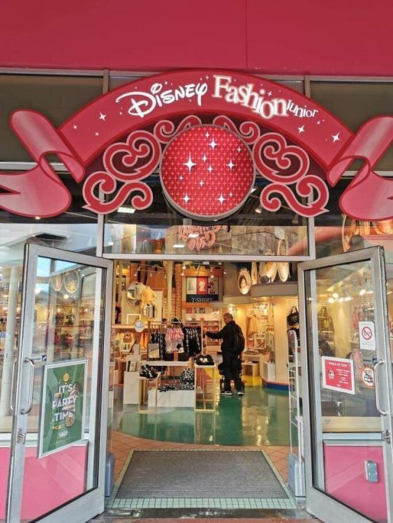 Disney Fashion Junior