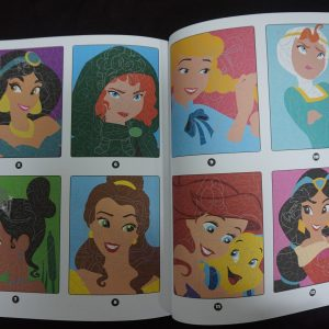 Disney kleuren op nummer Prinsessen (Junior Misleiding) binnenkant 2