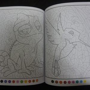 Disney kleuren op nummer Prinsessen (Junior Misleiding) binnenkant 3
